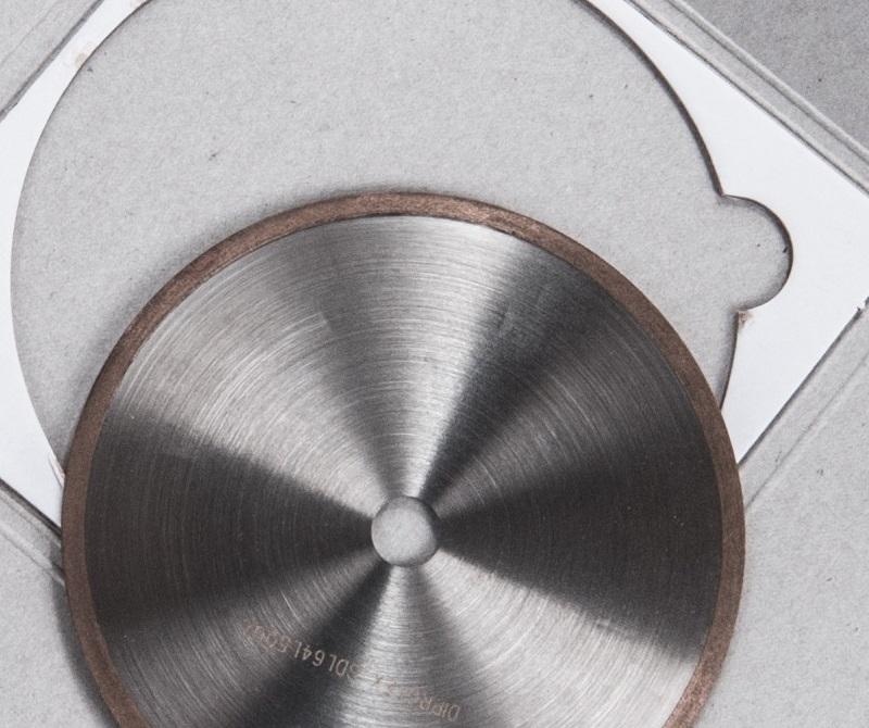 Алмазный диск для резки компонентов электроники