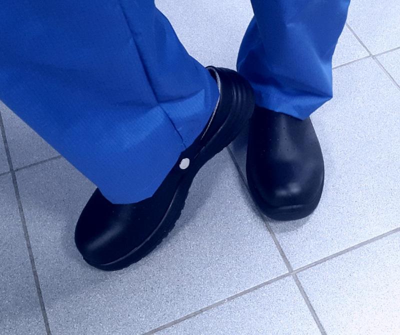 Антистатическая обувь сабо черного цвета