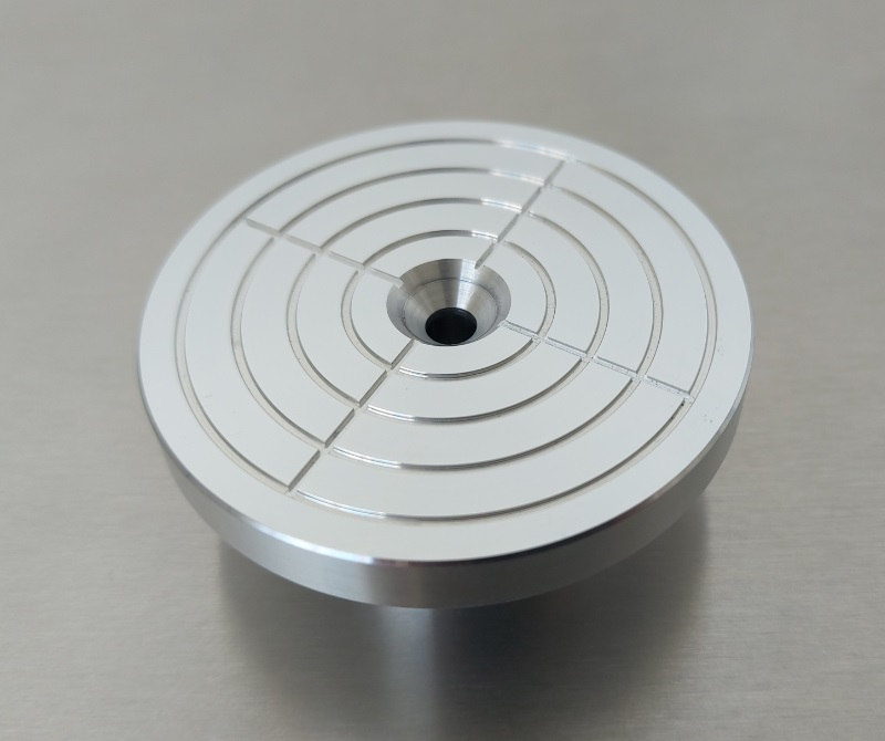 Вакуумный держатель центрифуги для нанесения фоторезиста